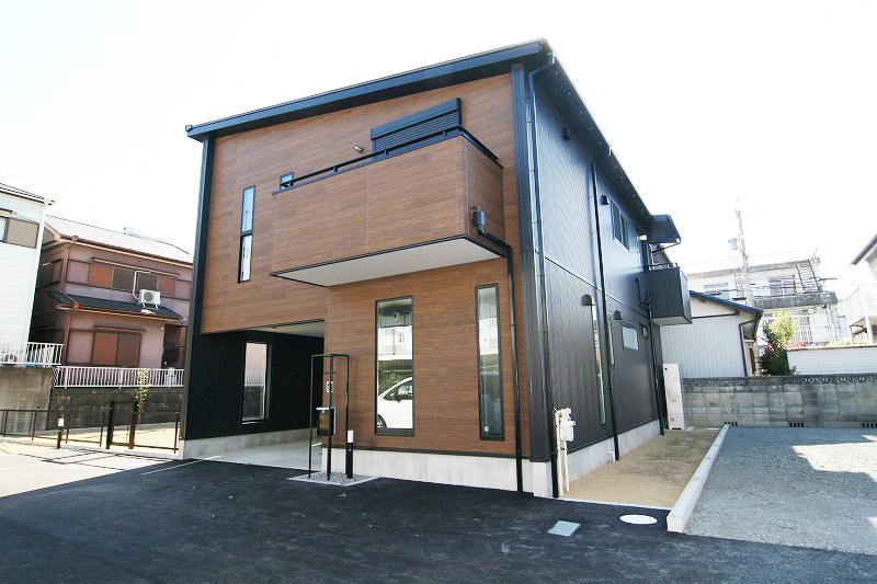 外観・内装ともにおしゃれでかっこいいお家。